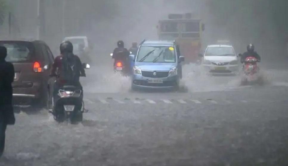 Heavy Rainfall engulfs West Bengal