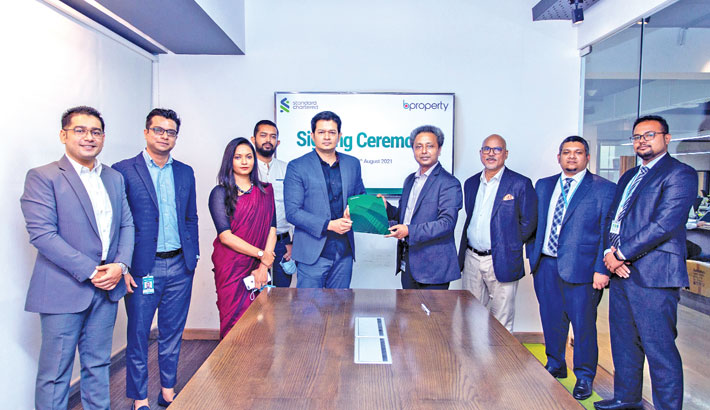 Bproperty, StanChart Bank ink deal on home loan