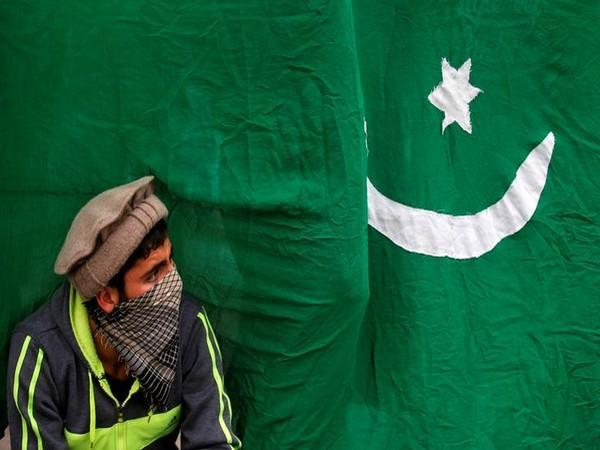 Pak authorities arrest four people from Lahore amid terror threats