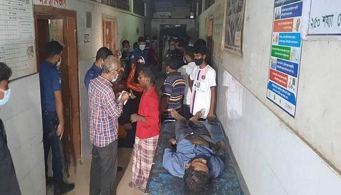 Robbery: 2 stabbed dead, 1 hurt on commuter train in Mymensingh