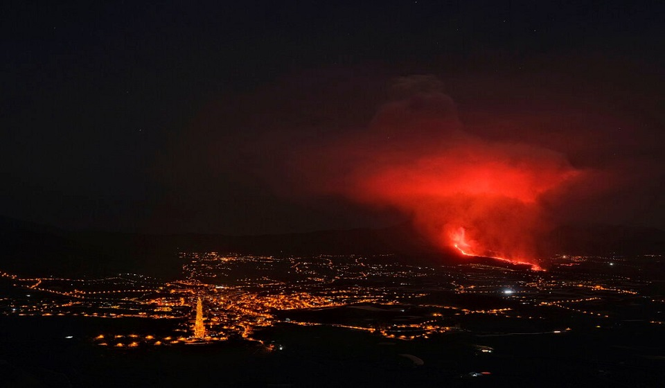 Eruptions shut airport on Canaries volcanic island