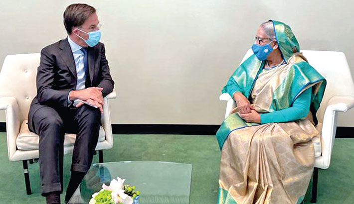 Prime Minister Sheikh Hasina meets her Dutch counterpart Mark Rutte at the UN Headquarters in New York on Friday.  PID PHOTO