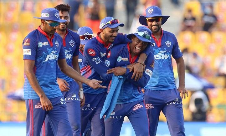 Delhi beat Rajasthan to go top of IPL