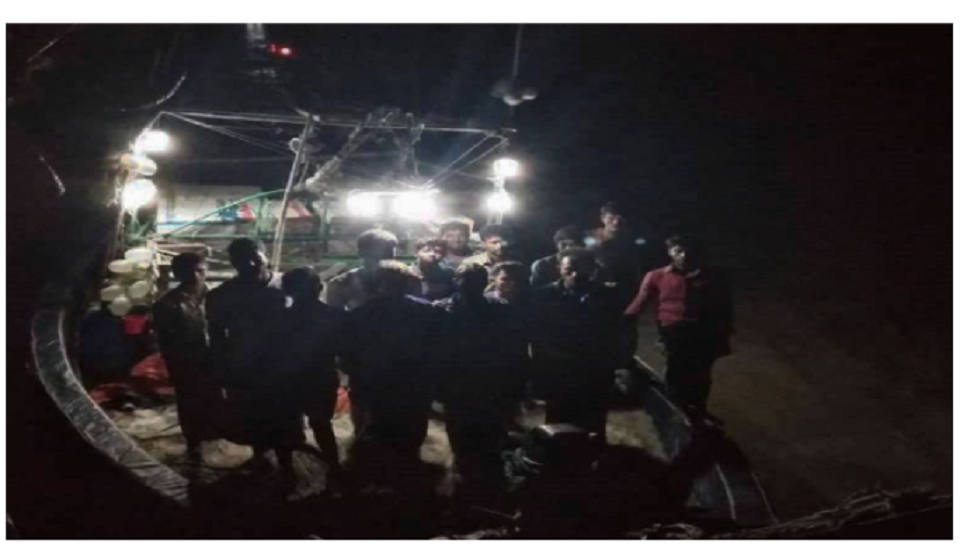 999 call: Coast Guard rescues 15 stranded fishermen from sea