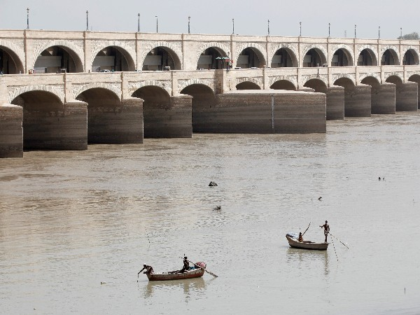 Pakistani provinces at odds over water distribution of rivers, accuse each other of stealing water