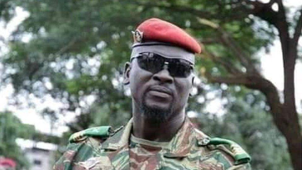 Mamady Doumbouya: Guinea coup leader sworn in as president