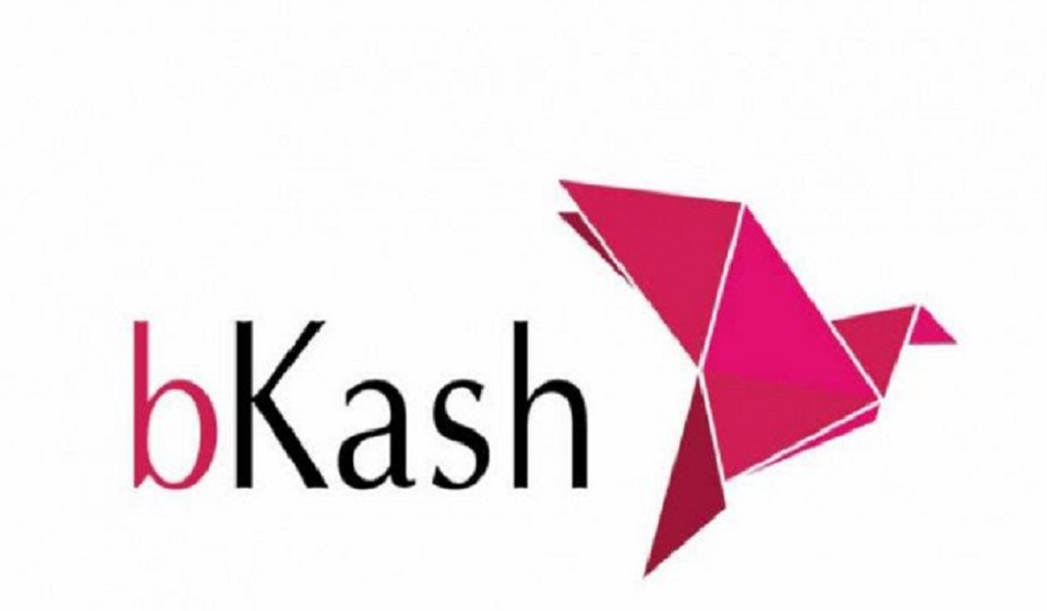 bKash cuts 'Cash Out' charge