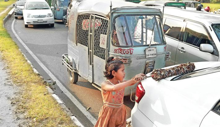 Street children have no joy of life