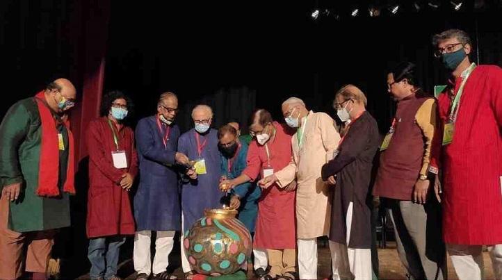 Drama returns to Dhaka as Ganga-Jamuna fest breaks Covid jinx