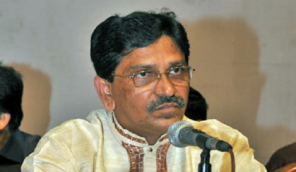 Thinking about caretaker govt nothing but a silly dream: Hanif