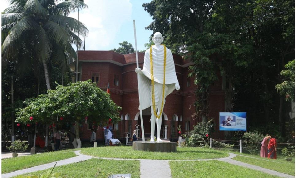 Ahimsa, Satyagraha and the Mahatma – Revisited