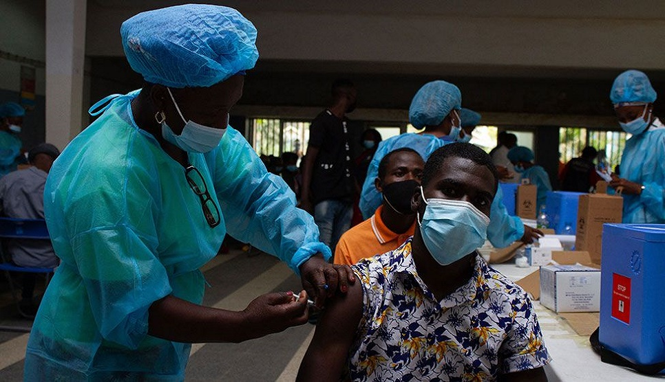 Covid vaccines: How fast is progress around the world?
