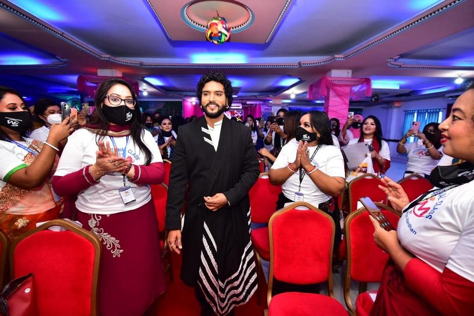 Mumbai makeover legend Anurag conducts seminar in Dhaka