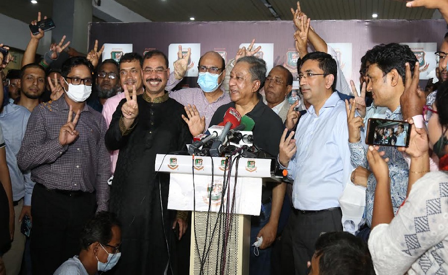 BCB gets six new directors as Nazmul elected first time by ballot