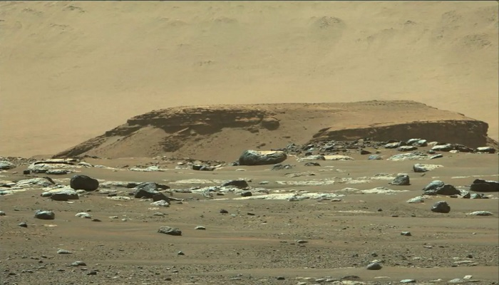 Ancient river delta bolsters search for signs of life on Mars