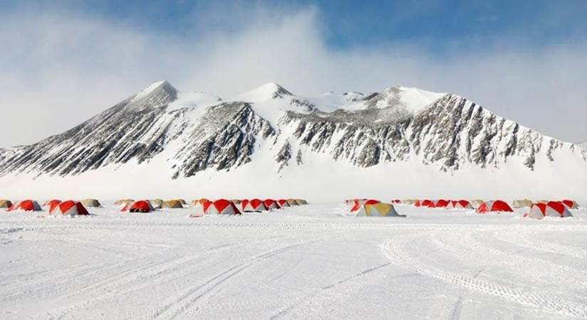 India vows to curtail emissions in Antarctic atmosphere