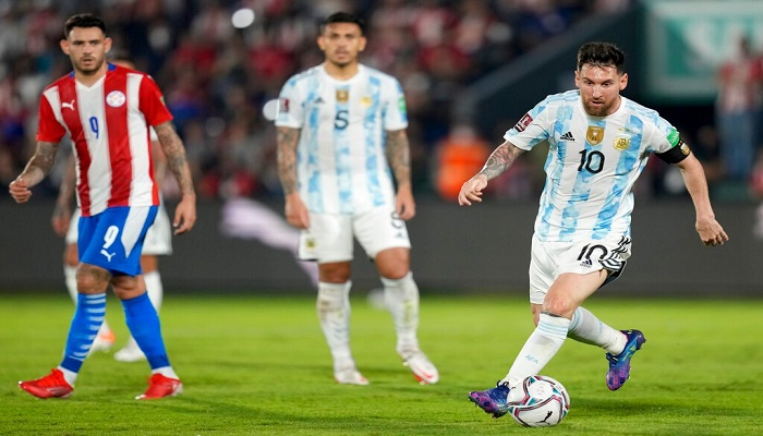 Paraguay stifle Messi in Argentina WC qualifier stalemate