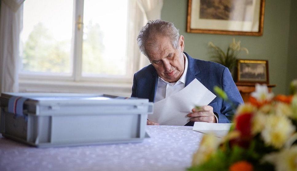 Czech president Milos Zeman in hospital after vote