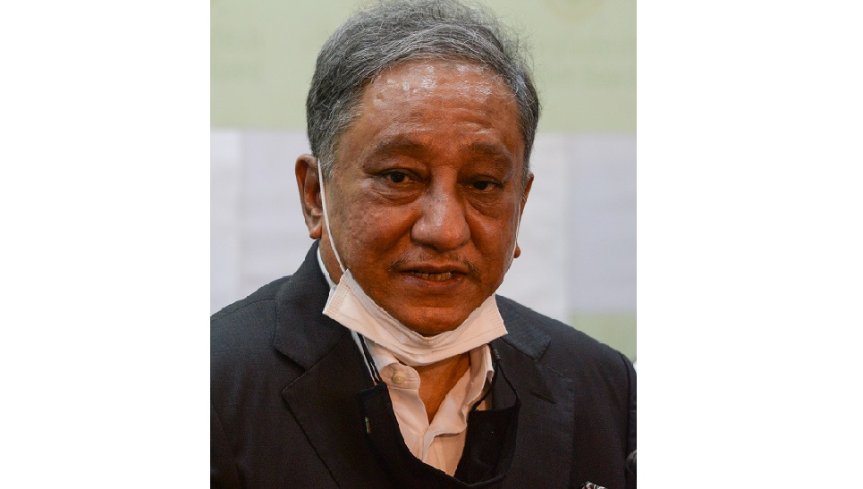 Nazmul and co leave for Dubai Wed