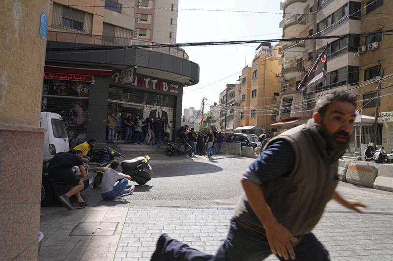 Gunfire kills six, wounds 30 at Beirut protest