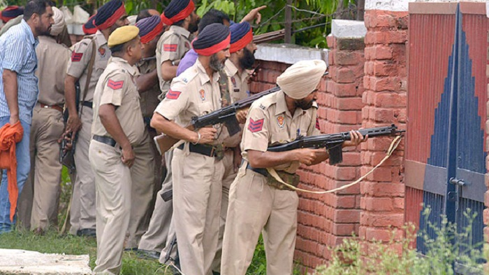 Senior police officer among 6 killed in terror attack in India