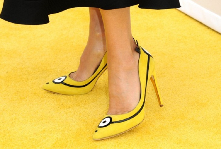 Sandra Bullock's Minion shoes to be auctioned