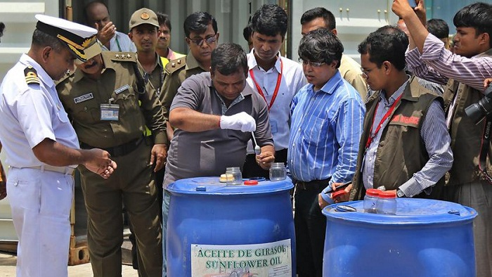 2 held in Dhaka over cocaine smuggling