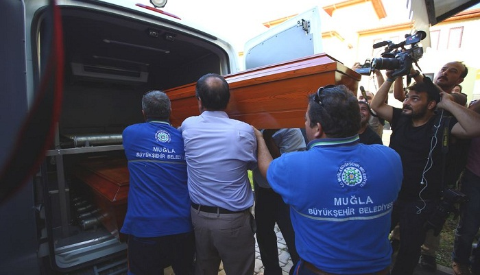 Bodies of drowned Syrian boys returned home for burial