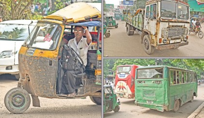 <p>44,500 unfit vehicles rule Ctg roads, dodge huge revenues</p>