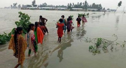 Thousands marooned as flood situation worsens in 4 dists