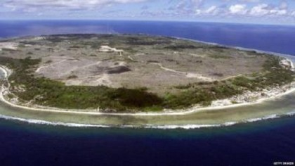 Calls for Australian royal commission to look at Nauru abuse