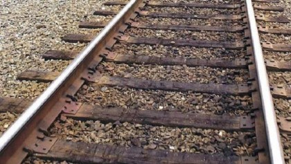 Garment worker dies under train while saving kid in city