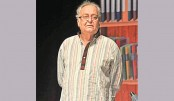 <p>Soumitra enthrals Dhaka audience with his splendid stage show</p>