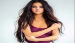 I live under a microscope: Selena