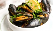 Toxin in seafood causes kidney damage!