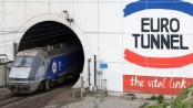 Channel Tunnel: '2,000 migrants' tried to enter