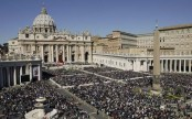 Vatican differs with Palestine on flag raising issue