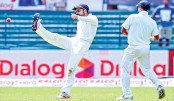 Bowlers' day out opens up India-Sri Lanka Test