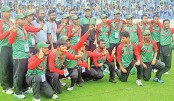 <p>Bangladesh defeat England by 14 runs</p>
